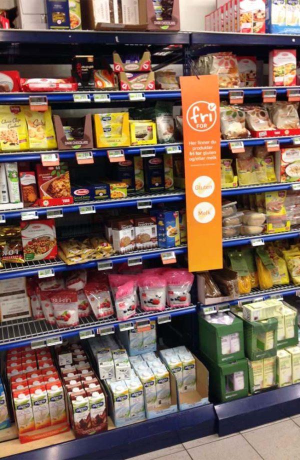 scaffale con prodotti senza glutine a lofoten