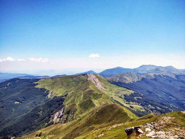 cime di montagna viste dall'alto